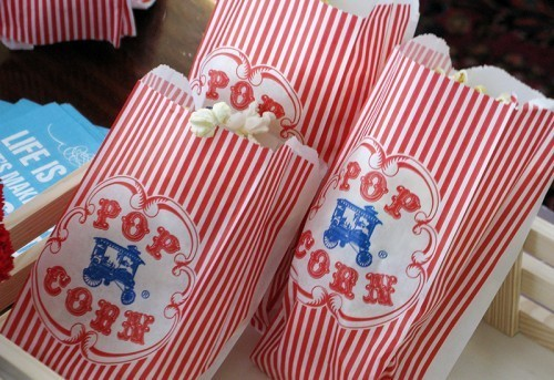 red-white-blue-circus-birthday-party-pop